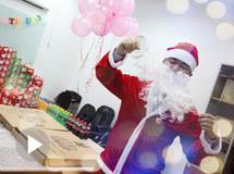 美味圣诞果来袭,为大家送来圣诞的祝福!